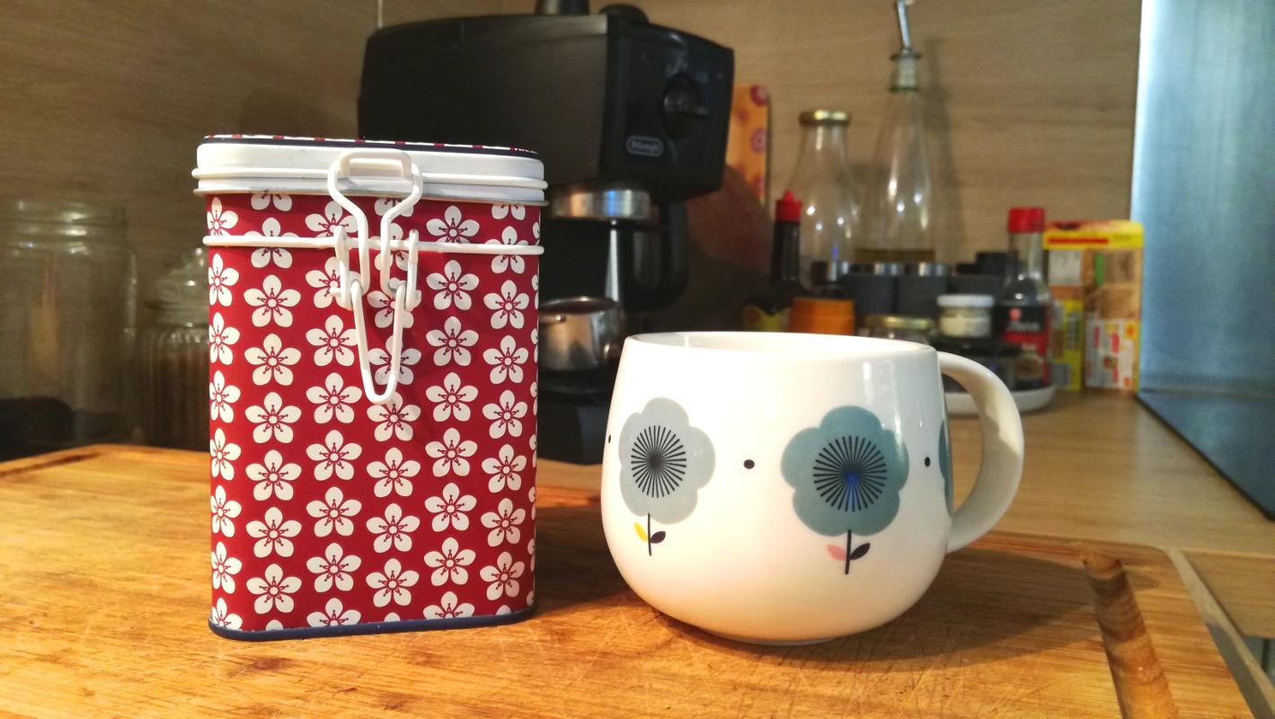 Boîte thé tasse motifs wardrobe architect