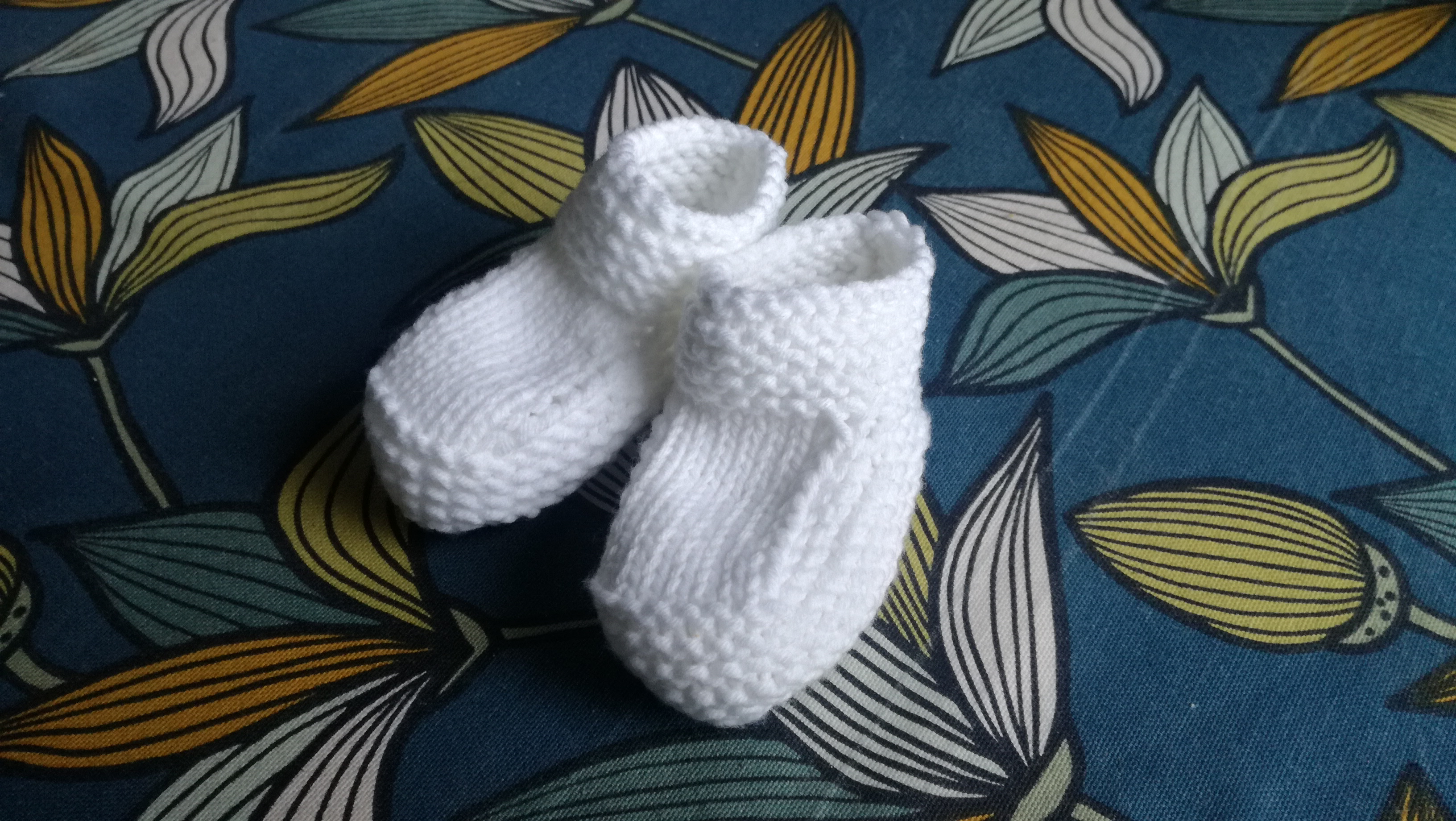 patron chaussons bébé tricot layette point mousse